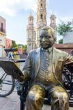 Statua di Refugio Reyes davanti al san Anthony Church Immagine Stock