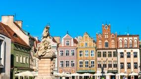 Statua di Saint John di Nepomuk sul vecchio quadrato del mercato a Poznan, Polonia fotografie stock libere da diritti