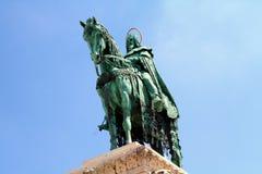 Statua di Santo Stefano I, castello di Budapest fotografia stock