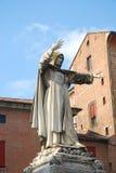 Statua di Savonarola Ferrara - in Italia Fotografia Stock Libera da Diritti
