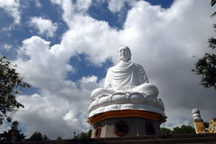 Statua di seduta del buddha Fotografia Stock Libera da Diritti