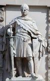 Statua di un cavaliere medievale Immagini Stock Libere da Diritti