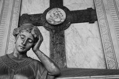 Statua di un fronte preoccupato della donna Fotografia Stock