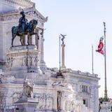 Statua di Victor Emmanuel II dell'Italia Fotografie Stock