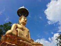Statua dorata del buddha Fotografia Stock