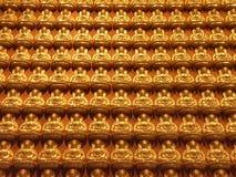 Statua dorata della rana pescatrice Fotografia Stock