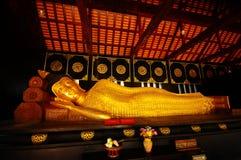 Statua dorata di Buddha, Tailandia Immagini Stock Libere da Diritti