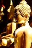 Statua dorata di Buddha, Tailandia Immagini Stock