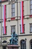 Statua dramatopisarz Aleksander Fredro w Rynku kwadracie, Wrocławska, Polska obraz stock