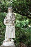 Statua dziewczyna z chodakami w ogródzie botanicznym, Sydney Australia Obrazy Royalty Free
