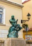 Statua e fontana di With Snake del pescatore a Zagabria Immagini Stock