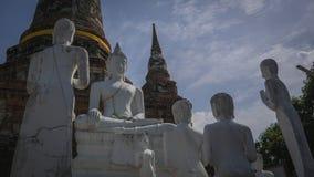 Statua e pagoda antiche di Buddha Immagini Stock