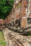 Statua ed antico le rovine Fotografia Stock