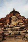 Statua ed antico le rovine Fotografie Stock Libere da Diritti