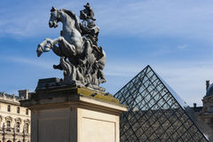 Statua equestre del re Louis XIV fotografia stock