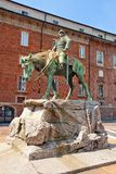Statua equestre (1916) di Giuseppe Missori. Milano. L'Italia Immagine Stock Libera da Diritti