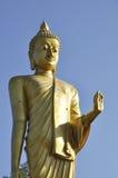 Statua esterna Tailandia del Buddha del basamento grande immagine stock
