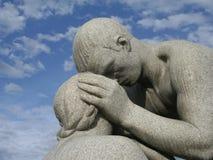 Statua figlia/del padre Fotografia Stock Libera da Diritti