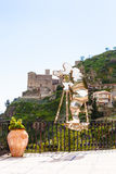 Statua Francis Ford Coppola w Savoca, Sicily Zdjęcia Royalty Free