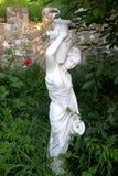 Statua in giardino Fotografia Stock Libera da Diritti