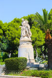 Statua in giardino - Atene, Grecia Immagine Stock