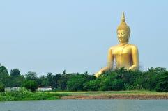 Statua gigante del buddha Immagini Stock Libere da Diritti