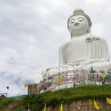 Statua gigante di Budda a Phuket Fotografie Stock Libere da Diritti