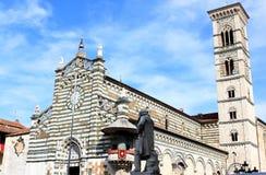 Statua Giuseppe Mazzoni blisko Duomo, Prato Zdjęcia Stock
