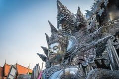 Statua grawerująca od srebra w buddyjskiej świątyni Obraz Stock