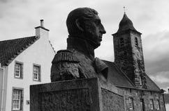 Statua i dom miejski Zdjęcia Royalty Free
