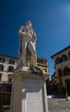 Statua italiana di Carlo Osvaldo Goldoni del librettista e del commediografo Immagine Stock