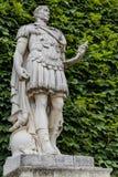 Statua Jules Cesar przy Tuileries ogródem w Paryż fotografia royalty free