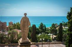 Statua kontempluje morze śródziemnomorskie Augustus Caesar Fotografia Stock