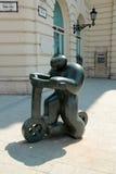 Statua mężczyzna na hulajnoga w Budapest Obrazy Royalty Free