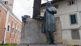 Statua matematyczka Ulisse Dini w piazza Di Cavalieri, Pisa Obraz Royalty Free