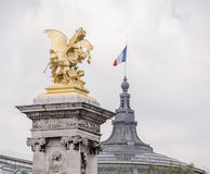 Statua na Aleksander mosta lll Zdjęcie Stock