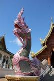 Statua nel tempio, Chiangmai del Naga immagine stock