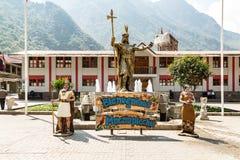 Statua Pachacuti droga odwiedzać - Aguas Calientes, Peru - Zdjęcie Stock