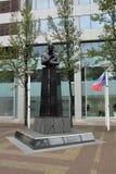 Statua Pim Fortuyn, polityk który zabił 2 tygodnia przed wyborami zdjęcie royalty free