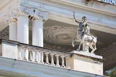 Statua przed Achillion pałac Obrazy Royalty Free