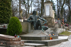 Statua przy grobowem Salome Krushelnytska, Lviv, Ukraina Zdjęcie Stock