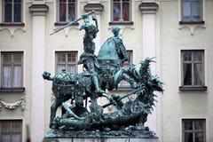 Statua St George i smok Obrazy Stock
