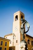 Statua szczęście i dzwonkowy wierza Zdjęcie Royalty Free