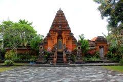 Statua in tempio da ubud fotografie stock libere da diritti