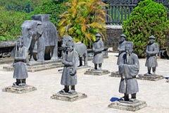 Statua in tomba imperiale di Khai Dinh, sito di Hue Vietnam Unesco World Heritage fotografie stock libere da diritti