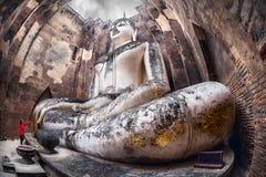 Statua turistica e grande di Buddha in Tailandia fotografie stock