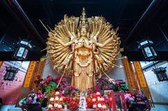 Statua Tysiąc ręk Guanyin Zdjęcia Stock