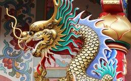 Statua variopinta del drago Fotografia Stock