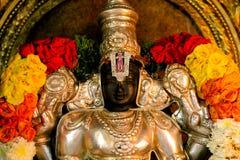 Statua Vishnu del tempio indù immagini stock libere da diritti