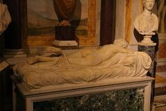 Statua w Galleria Borghese Rzym obraz stock